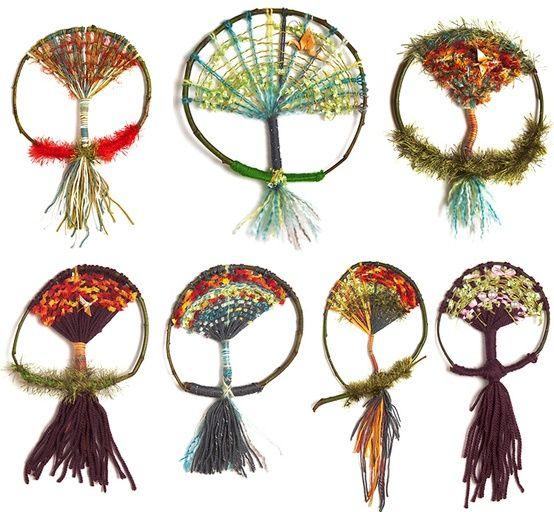 Cassie Stephens: In the Art Room: Tree Weaving with Third Grade - could be great holiday fun - weaving your own dream catchers, or is it catching your own dreams in your weaving?