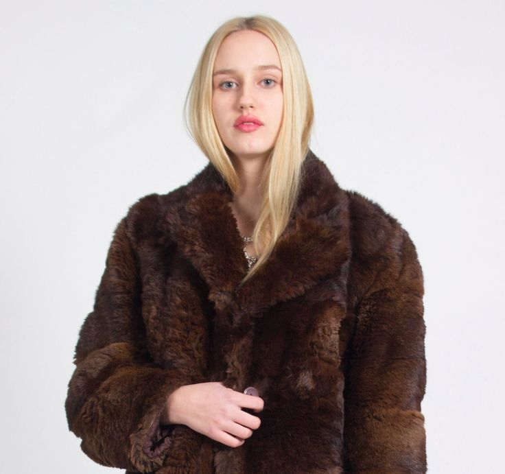 Street Style, London Look, Vintage, London VIntage, LUXURIOUS LONDON LOOK STUNNING UNIQUE VINTAGE BROWN REAL FUR COAT JACKET | eBay