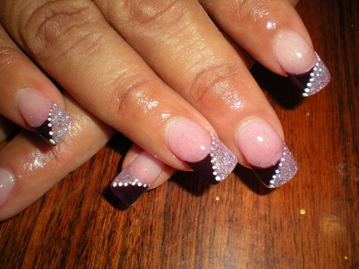 Google Image Result for http://static.becomegorgeous.com/img/arts/2011/Feb/11/3803/french_nail_art.jpg