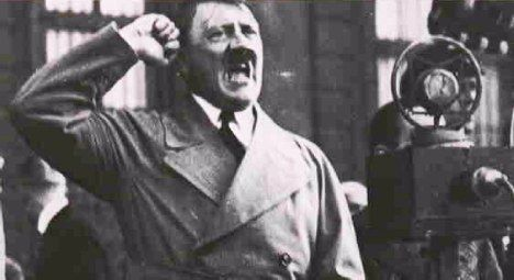 Η ΔΙΑΔΡΟΜΗ ®: Τα χνώτα του Χίτλερ... βρωμούσαν