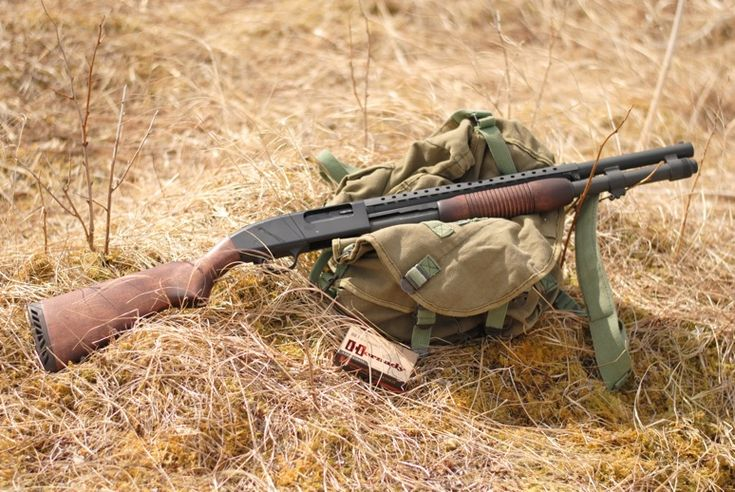 Sweet Mossberg 590 with a vintage trench gun feel.  This would be perfect for 3 gun.