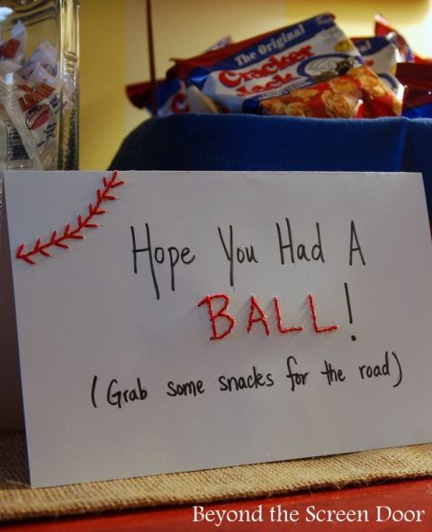 How to Throw an All American Baseball Baby Shower | http://www.beyondthescreendoor.com/bsd