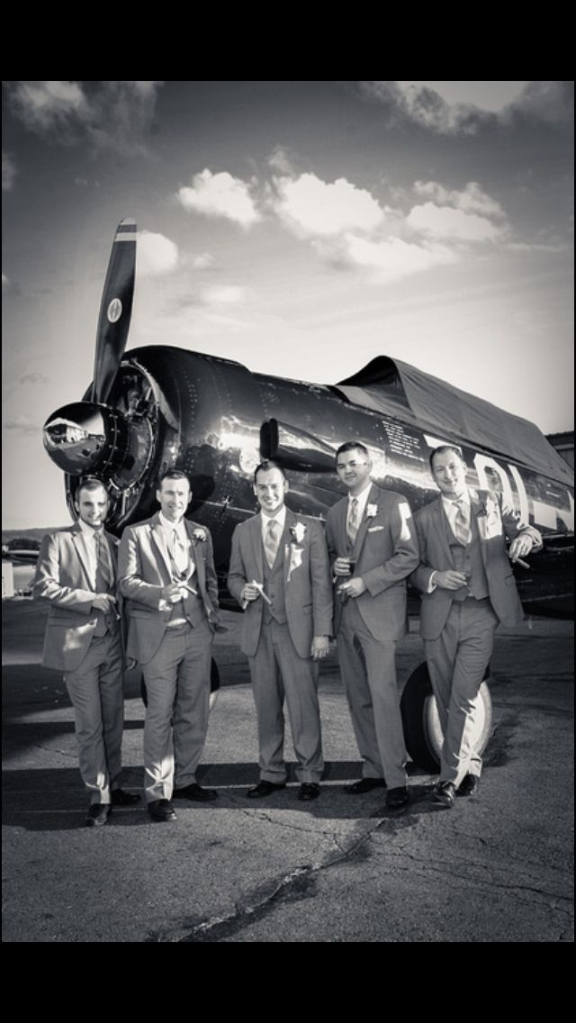 Groomsmen, Vintage aviation wedding