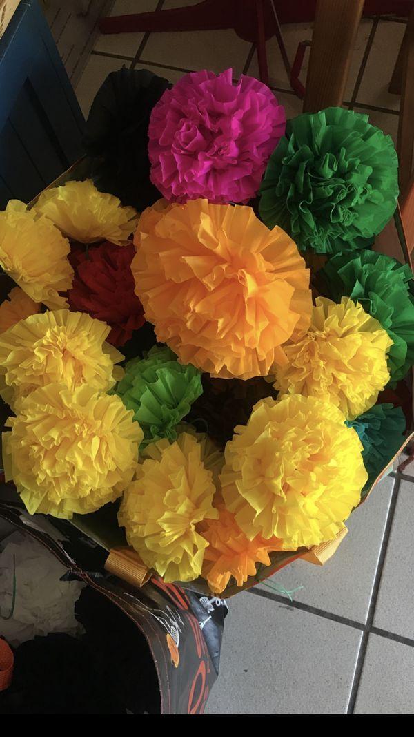Crepe Paper Flowers For Dia De Los Muertos Altars Coco Them Parties