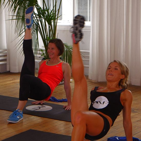 10-minute butt workout from Kelly Ripa's trainer. It's a killer and oh so effective!