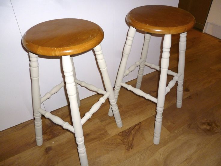 Pine bar stools with legs painted in Annie Sloan country grey