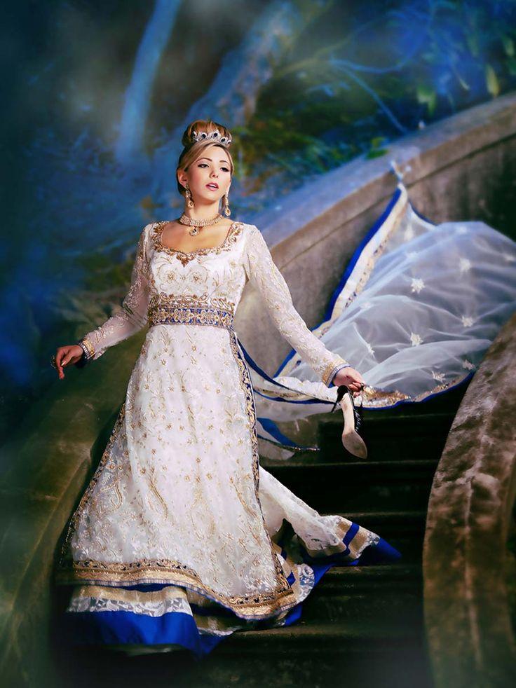 Princesas Disney como noivas indianas