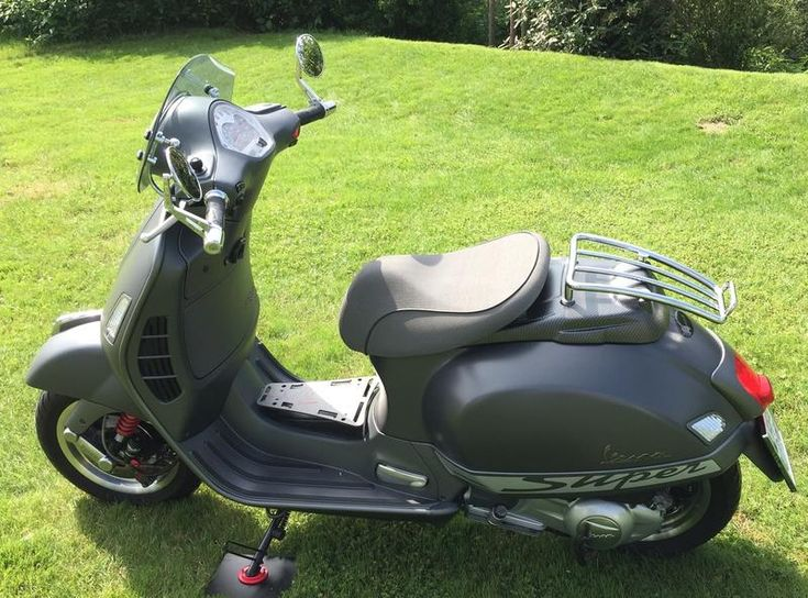 Modern Vespa : GTS with seat of GTV                              …