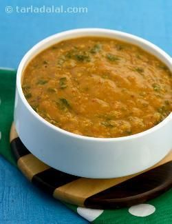 One of my favorites, chawli is one of the richest sources of iron, and ideal for pregnant women. It can be cooked in a variety of ways; here it makes   an interesting thick dal  with masoor dal and coconut milk. Add vitamin c-rich lemon juice to enhance the absorption of iron from the chawli.