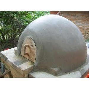 Build Your Own Earth Oven, 3rd Edition: A Low-Cost Wood-Fired Mud Oven; Simple Sourdough Bread; Perfect Loaves [Paperback]