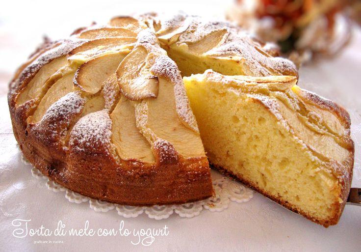 Torta di mele con lo yogurt http://blog.giallozafferano.it/graficareincucina/torta-di-mele-con-lo-yogurt/
