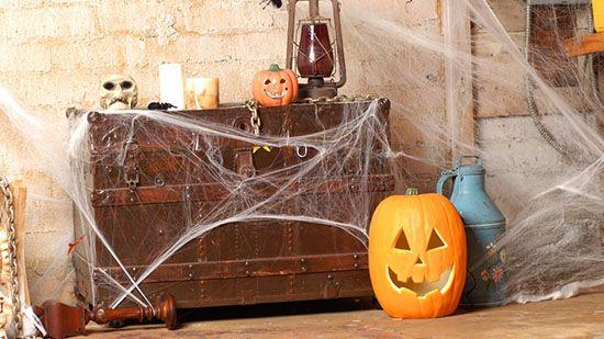 Come fare le ragnatele finte per Halloween