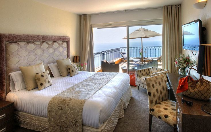 Read the Hotel La Perouse, Nice hotel review on Telegraph Travel. See great photos, full ratings, facilities, expert advice and book the best hotel deals.