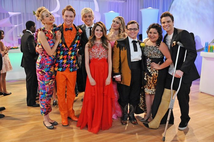 See the 'Austin & Ally' Cast's Outrageous Prom Photo   EXCLUSIVE