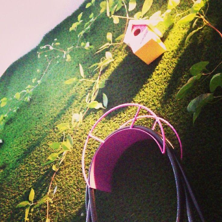 Häng gräsmattan på väggen! Konstgräsexperten.
