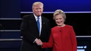 Image copyright                  Getty Images                  Image caption                                      Donald Trump y Hillary Clinton debatieron durante 90 minutos.                                Han mantenido las formas, pero no se han dado tregua.  El esperado primer cara a cara entre la candidata presidencial demócrata, Hillary Clinton, y el aspir