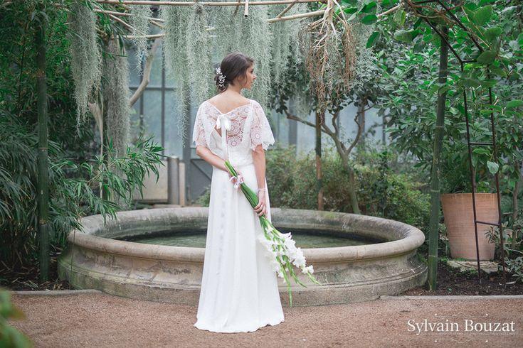 Bouquet de mariée créé avec des glaïeuls blancs - fleuriste lyon