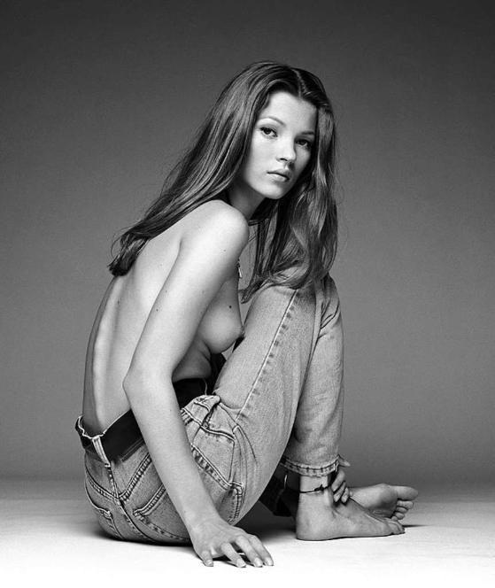 Top-Model Kate Moss setzte sich 1992 vor Demarcheliers Kamera …