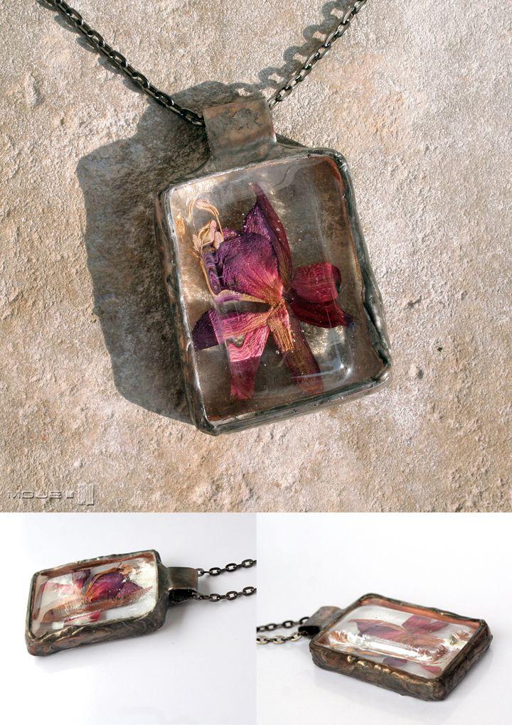 Szklany fusing / glass fusing. Medalion / pendant. Flowers under glass. Moje MW