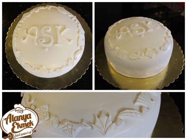 #dogumgunu #konsept #parti #yaşpasta #eğlence #concept #party #birthday #cake #fun #alanya #ekmek #fırın En özel kişiye, en romantik pastaları, en lezzetli şekilde yapıyoruz :)  İletişim: 0 242 513 50 61 - 0 541 446 69 07 #hemen #ara #yerini #ayirt http://www.aleksan.com.tr