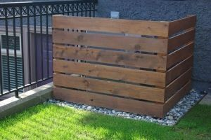 cover outside air conditioning unit | Pallet fence- to hide air conditioner unit by Grandhope