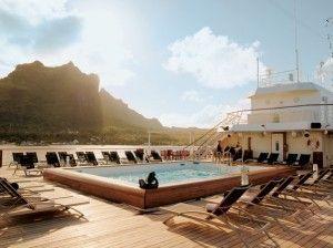Deck com piscina do Paul Gauguin / Divulgação