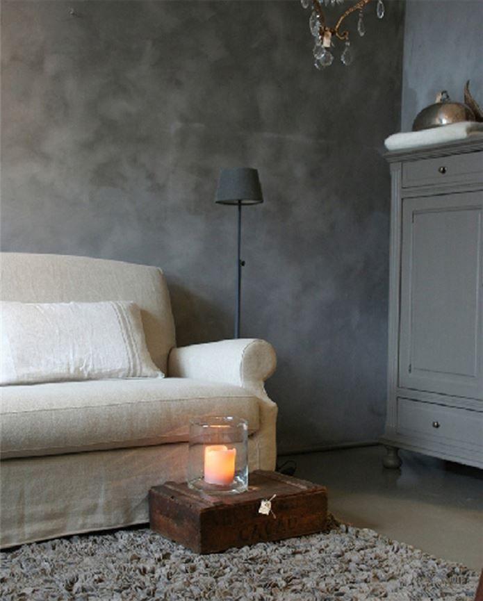 Slik maler du betonglook med trendy kalkmaling - ifi.no