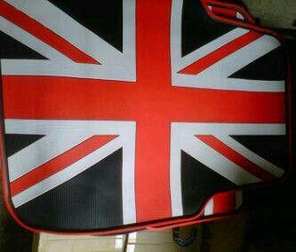 Karpet Mobil Bendera Inggris Isi 5pcs/5bagian karpet Berat 5kg Harga 325.000 Minat bisa chat disini Pin:33214999 / WA : 02195551282  Sialakan Yg minat Ditunggu Ordernya, Thank's all.