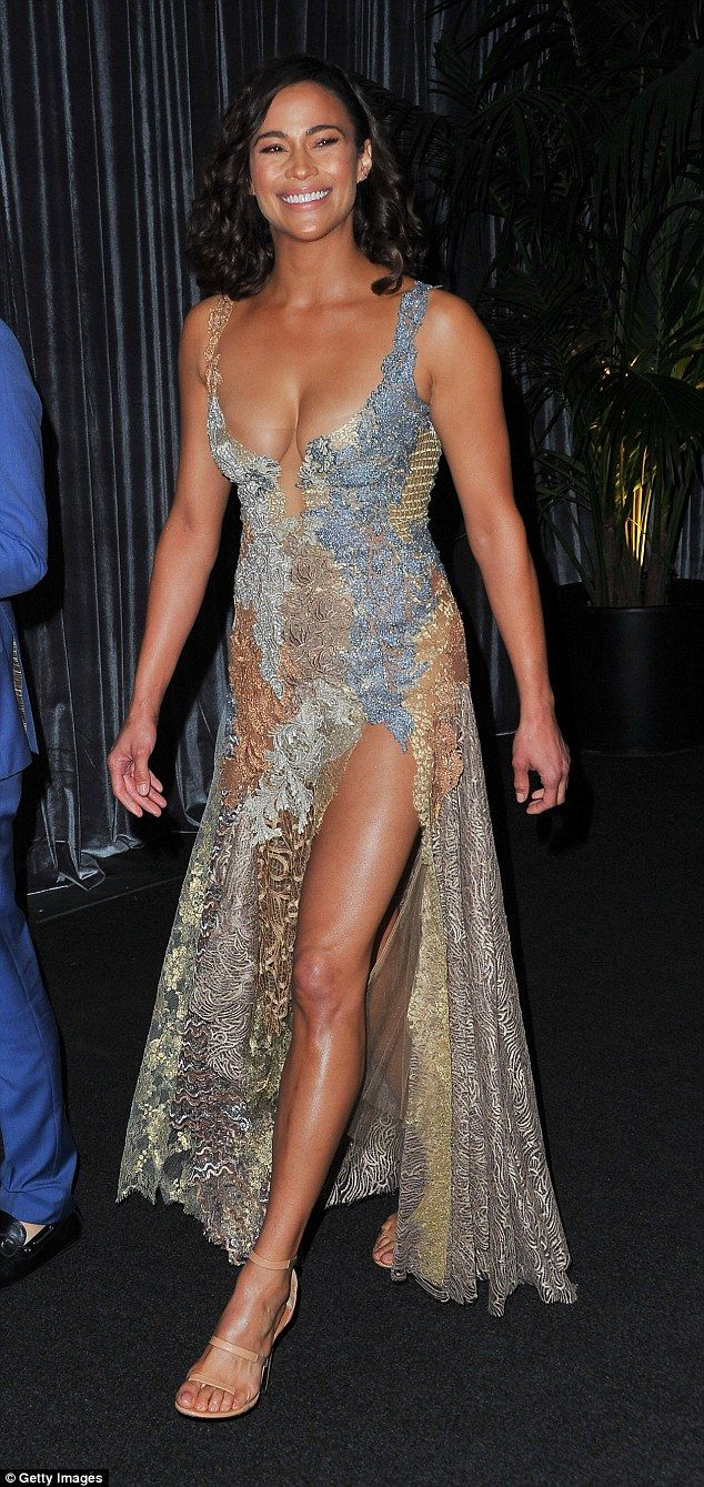 Dared to bare: The ex-wife of singer Robin Thicke beamed with confidence as she arrived at the event