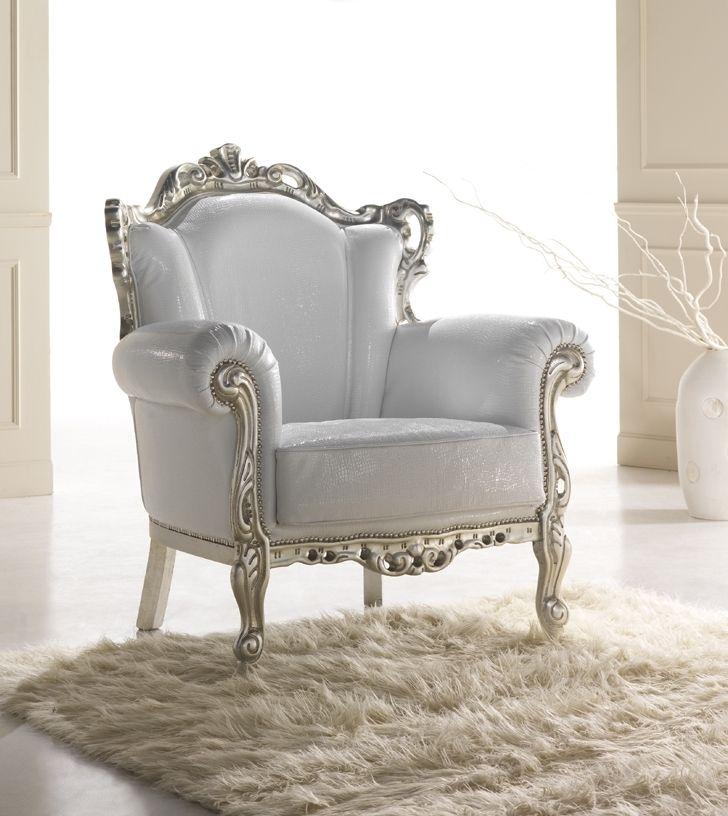 Królowa salonów ;)  #queen #armchair #italianstyle