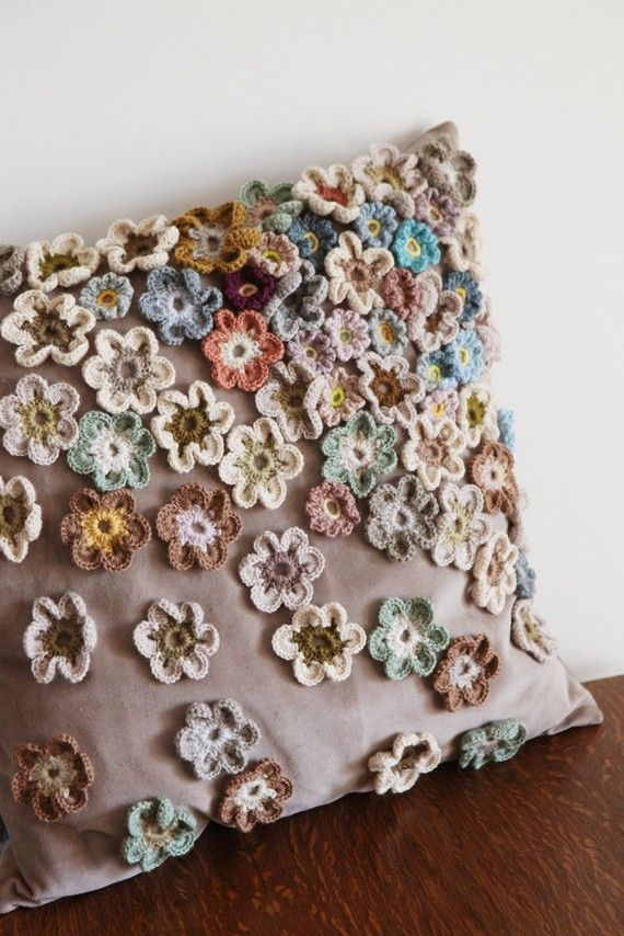 "Flowers in neutrals. What a wonderful and unique way to dress up a plain pillow. Will need to add this to my ""to do"" list."