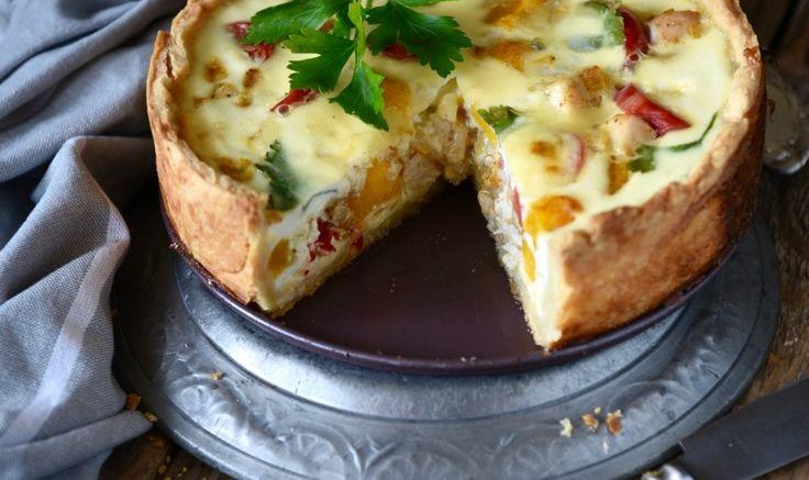 Рецепт - Киш с курицей, тыквой и томатами