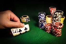 While the concept of using real money for gambling on card games online is relatively new, people have been gaming online without the perks of gambling for quite a while now.
