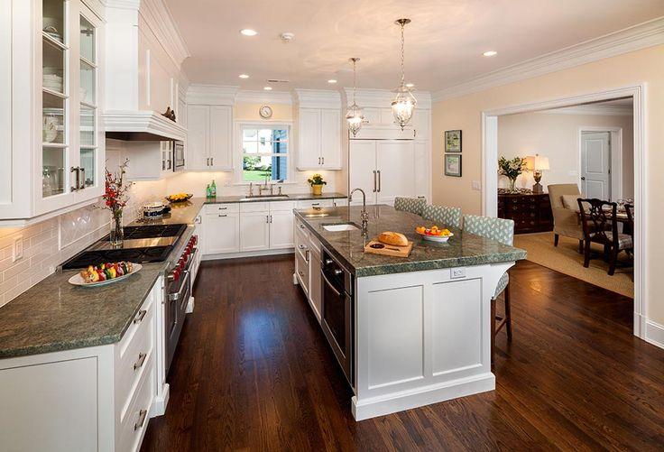 Hemingway Construction | Gallery of Kitchens | Traditional Kitchen | Baking Kitchen