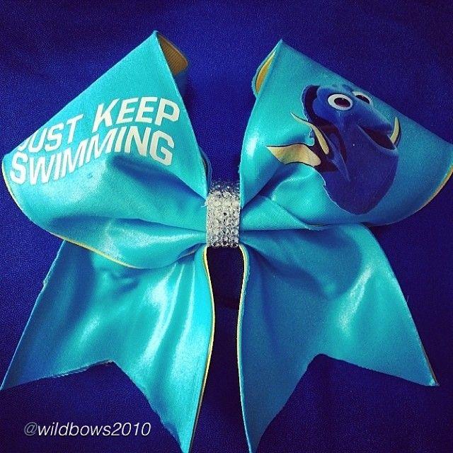 Hahaha I love this cheer bow #nemo