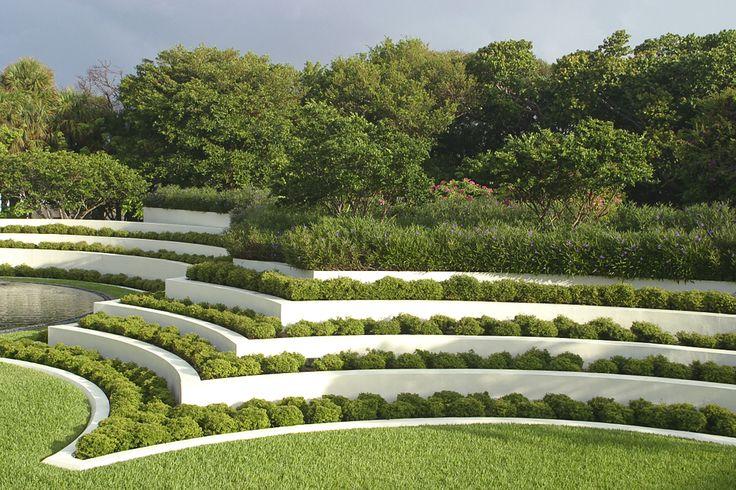 jardín flynn con legorreta y legorreta arquitectos / casa en playa hillsboro, florida e.u.