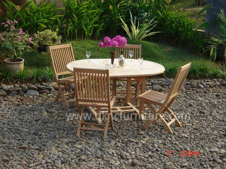 Outdoor Furniture Oval Extention Table Bali Folding Chair more info E-mail: kranji123@indo.net.id / info@dkncfurniture.com or visit website www.dkncfurniture.com #furniture #outdoor #table #spogagafa #dkncfurniture #market #chair #folding #bali