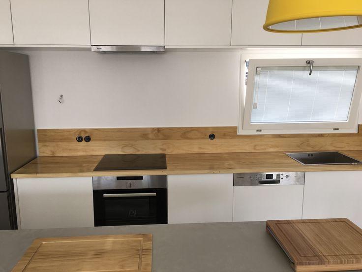Ειδικές ξυλινες κατασκευές | marble kitchen | Kritikoswood | Accoya
