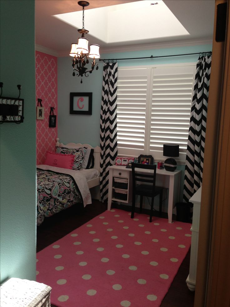 Girls room chevron print polka dots black pink bedroom decor teen-love this  color combo
