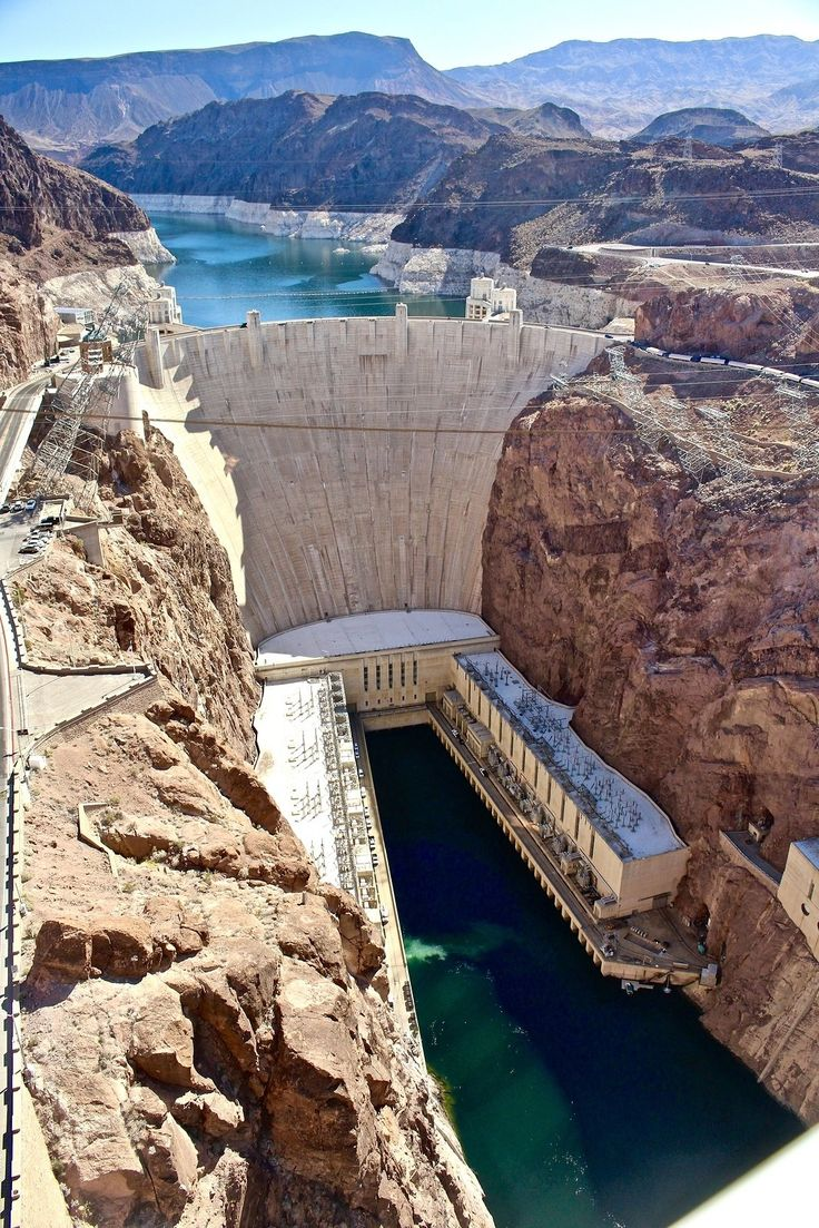 Find the best things to do in Las Vegas with kids including a day trip to the Hoover Dam.