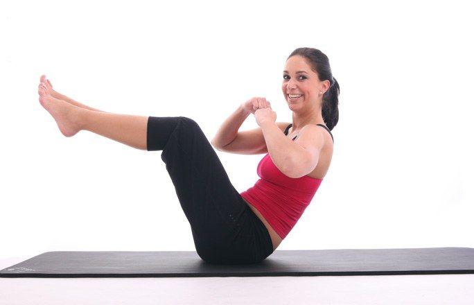 7 tolle Bauch-Übungen für zuhause...na dann mal ran an den Speck ;-)