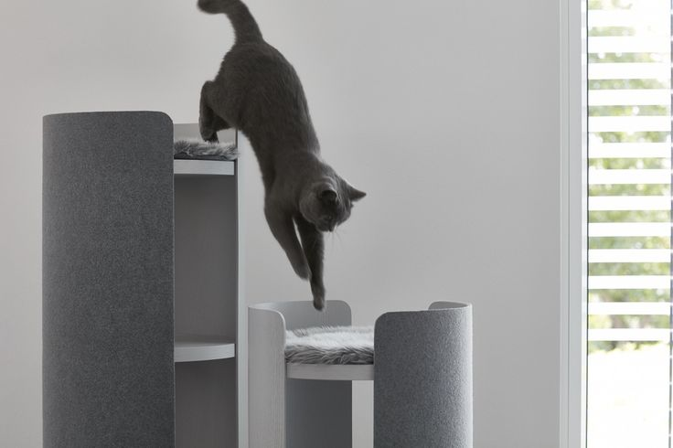 NEW! Cat scratching furniture is essential for those who wish to save their sofa from destruction, and now finally MiaCara presents a stylish cat scratching post you will be delighted to have in your home.