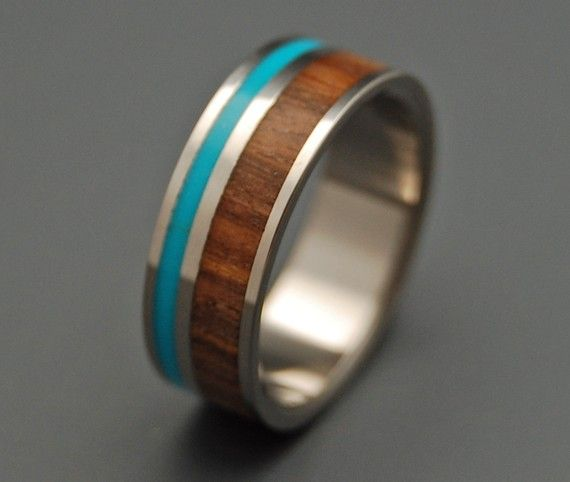 I don't wear much jewelry but this is something that could go on my hand the day I need to. Wood - Turquoise - Silver.