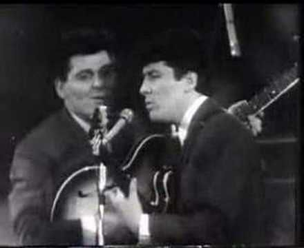The searchers-Don't throw your love away - YouTube