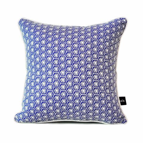 Willow Wishes Cushion (blue & white)