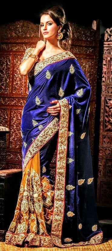 Blue and Gold Print Saree giving off subtle Elegance @CremeDeModa