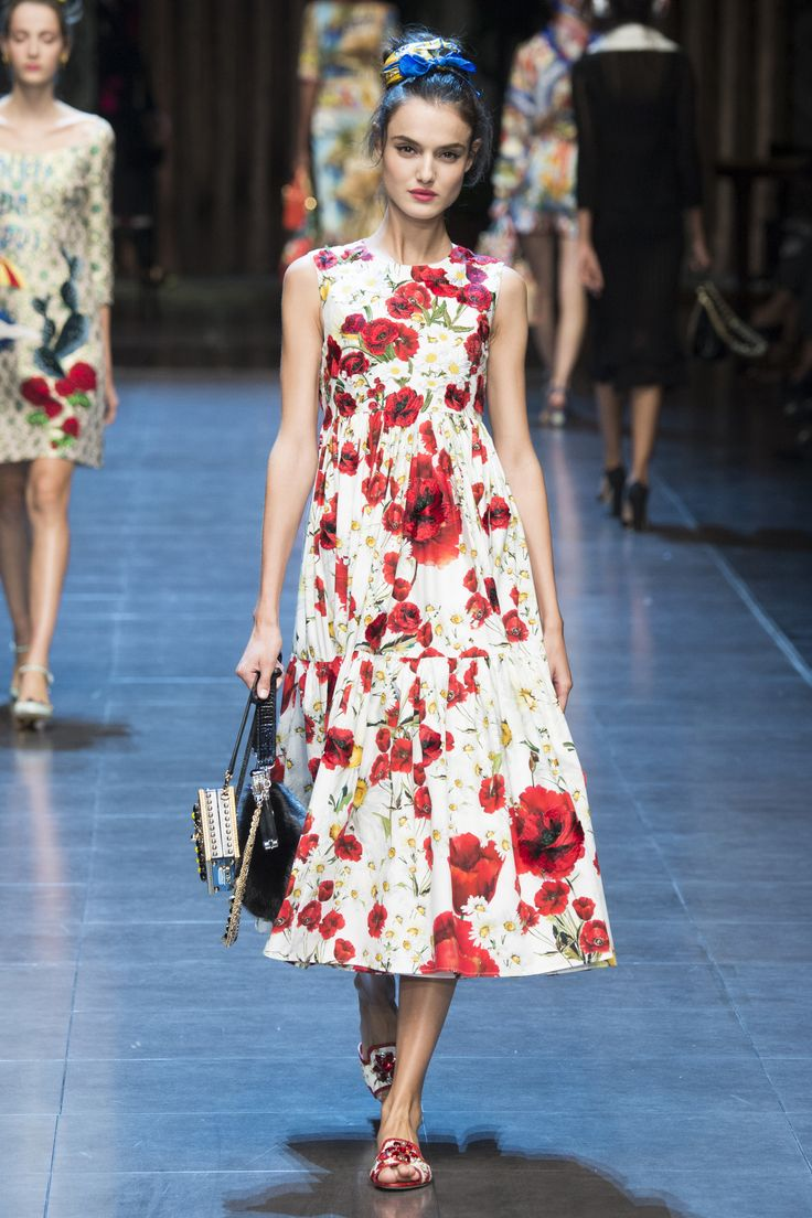Outlet Amazing Price Cheap Sale View Italia Forever Embroidery Stretch Silk Dress Spring/summer Dolce & Gabbana Cheap Sale Sast Discount Shop Offer OeGBvD3