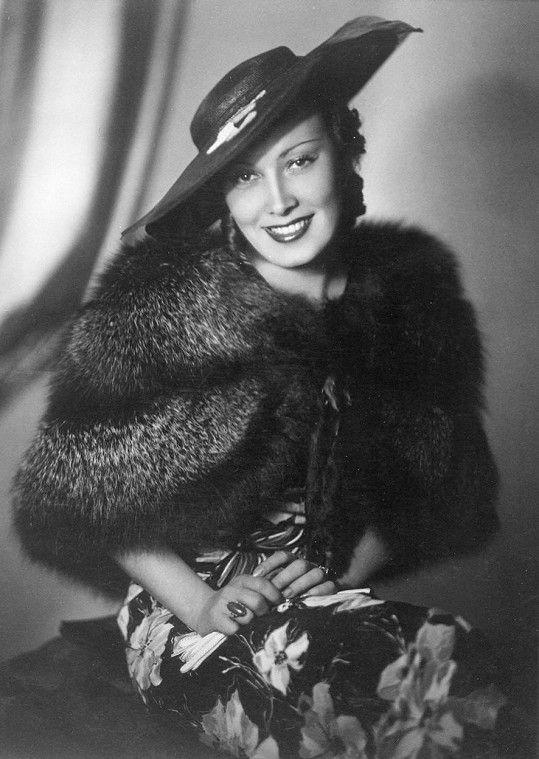 Lída Baarová na snímku z roku 1936. Tehdy patřila k nejkrásnějším a nejobletovanějším prvorepublikovým herečkám.
