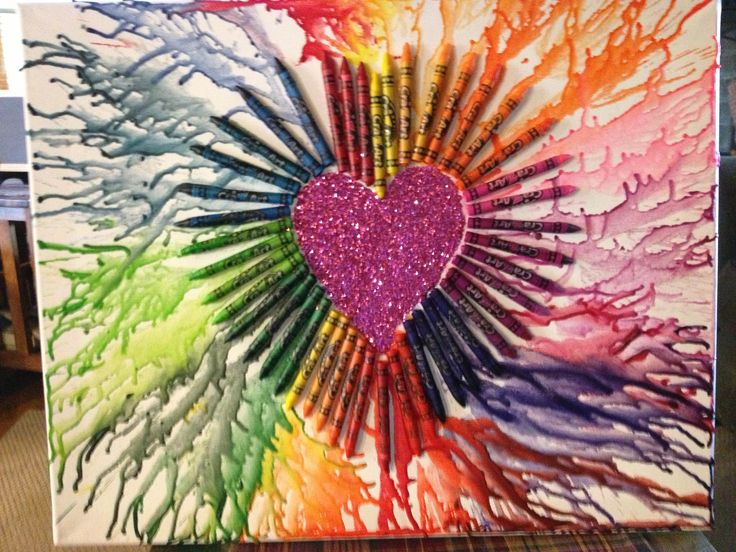 DIY: crayon canvas design