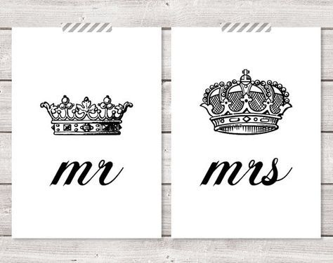 Set of Two 2 Mr and Mrs His Hers King Queen by LochnessStudio